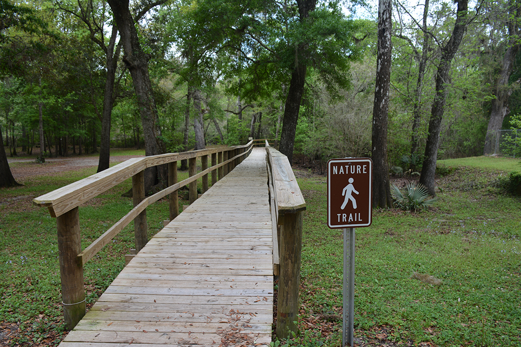 Start of the nature trail at Chastain-Seay Park