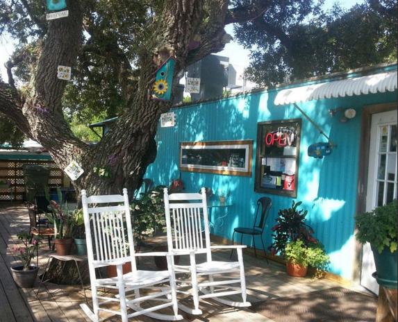 AdaBlue Cafe