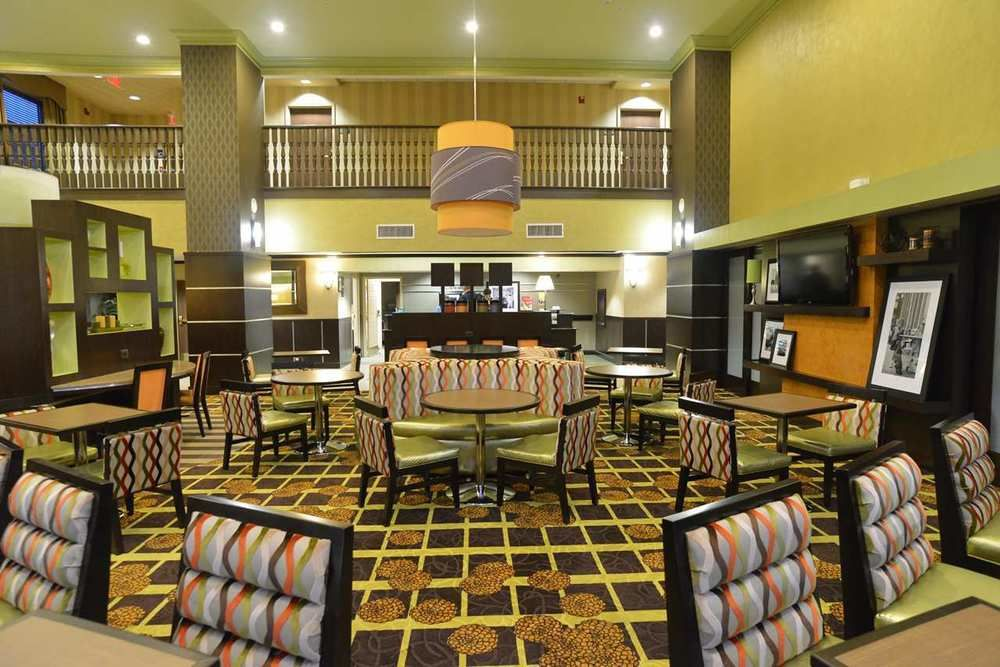 Hampton Inn and Suites Lake City