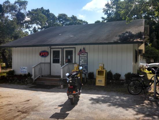 Lynn-Rich Restaurant