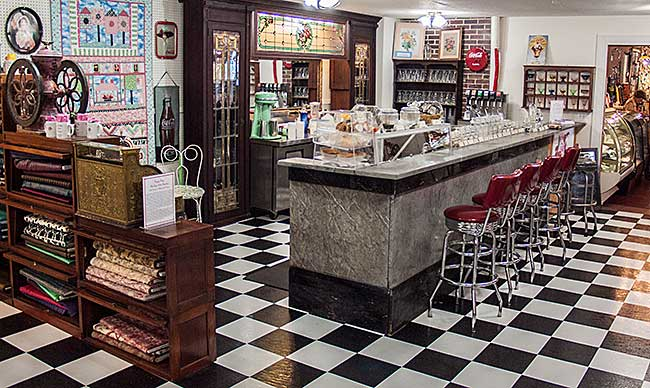 Happy Days Old Time Soda Fountain