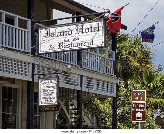 Island Hotel and Restaurant
