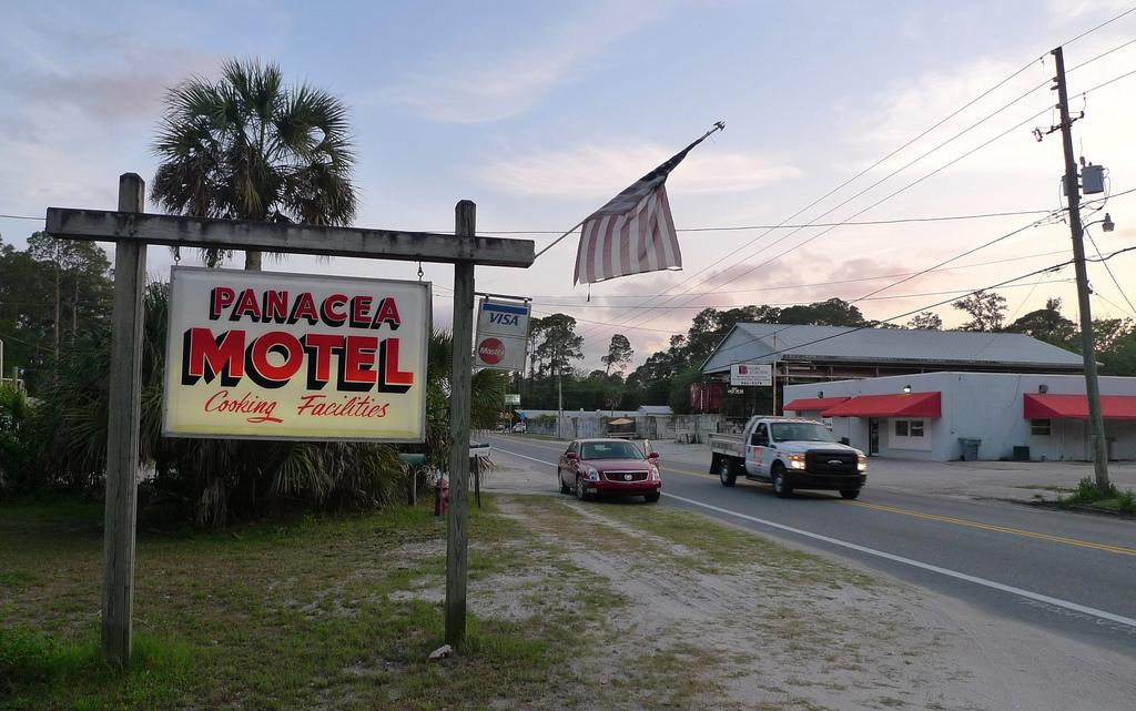 Panacea Motel