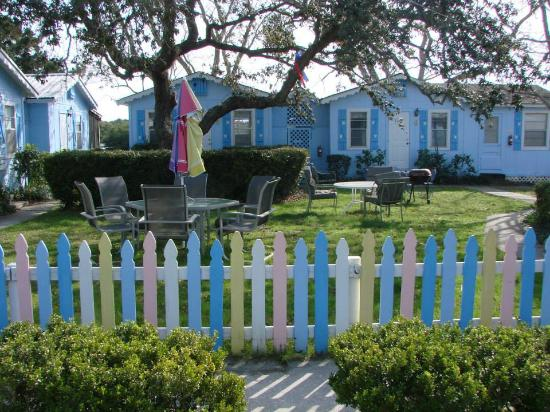 Pirates Cove Cottages