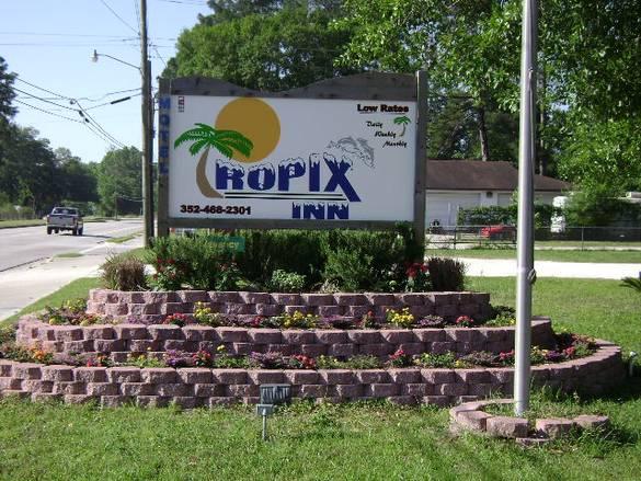 Tropix Inn